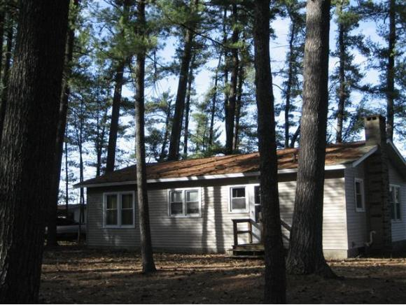 N4020 Forest Dr, Hancock, WI 54943