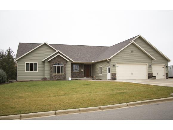 242 Morainedr, Ripon, WI 54971