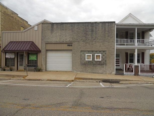 101/103/10 S Main St, Iron Ridge, WI 53035