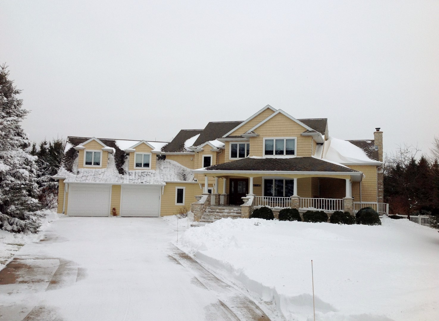 2755 Holiday Court, Neenah, WI 54956