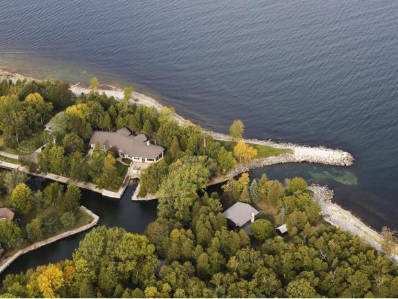 4295 Bay View Dr., Sturgeon Bay, WI 54235