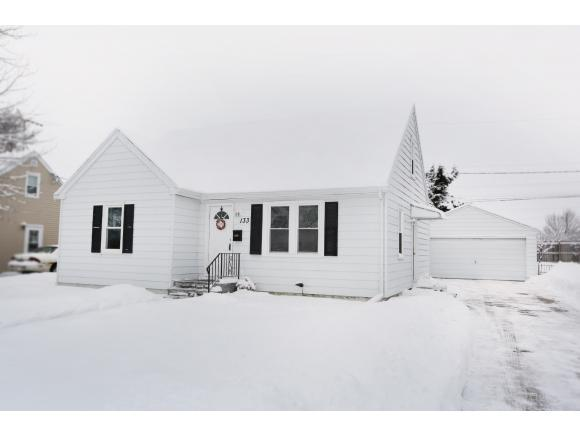 133 Andrew Ave, Neenah, WI 54956