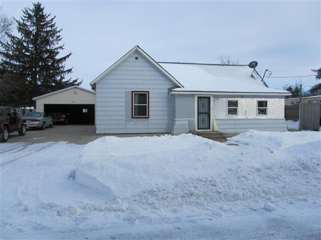 1394 Division Street, Almond, WI 54909