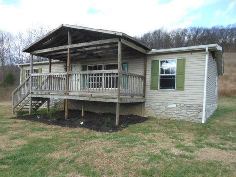 2047 Carter Branch Rd, Hartsville, TN 37074