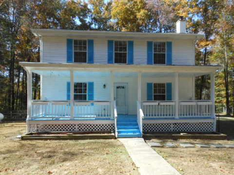 401 Buck Perry Road, Bethpage, TN 37022