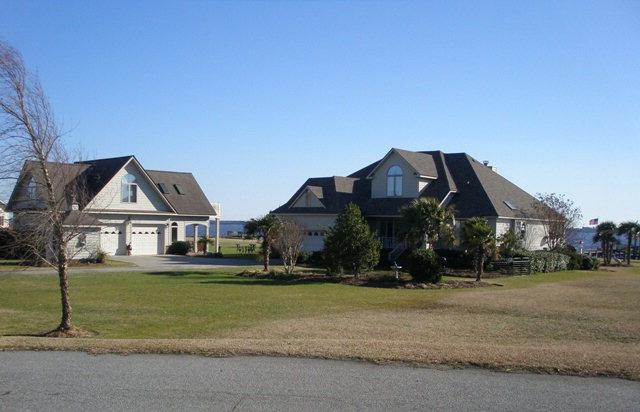 102 DOWRY CREEK E., Belhaven, North Carolina 27810