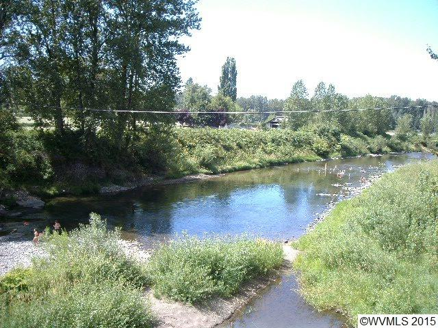 16083  Highway 211, Molalla, OR 97038