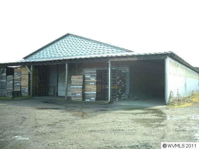 7420  McCoy Rd, Rickreall, OR 97371